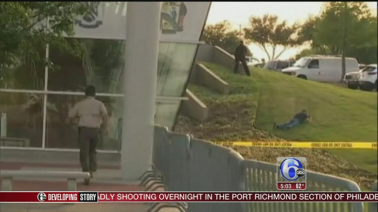 VIDEO: Police kill 2 gunmen outside Muhammad cartoon event