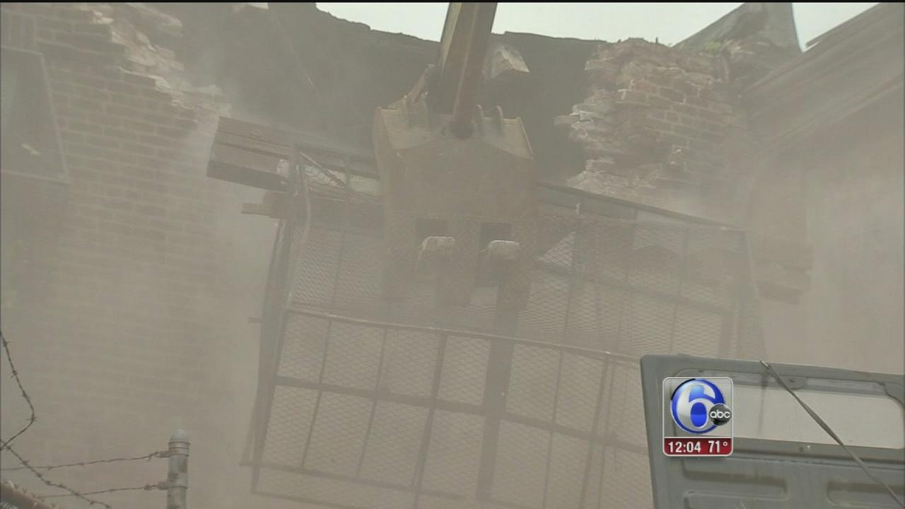 VIDEO: Philadelphia begins demolition project