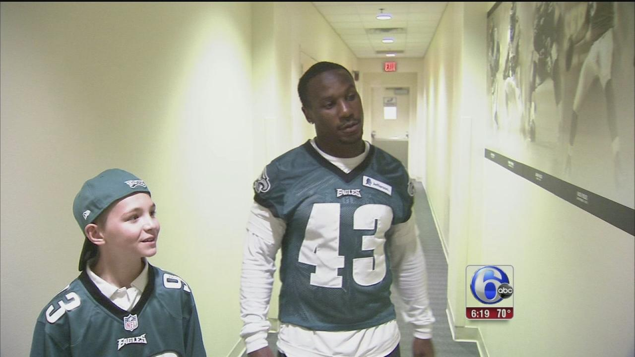 VIDEO: Bullied Montco boys gets support from Eagles