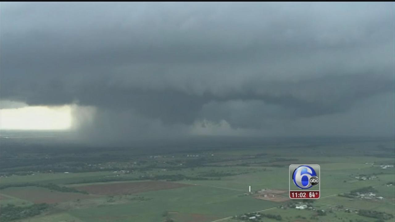 VIDEO: Tornadoes rake Oklahoma City suburbs