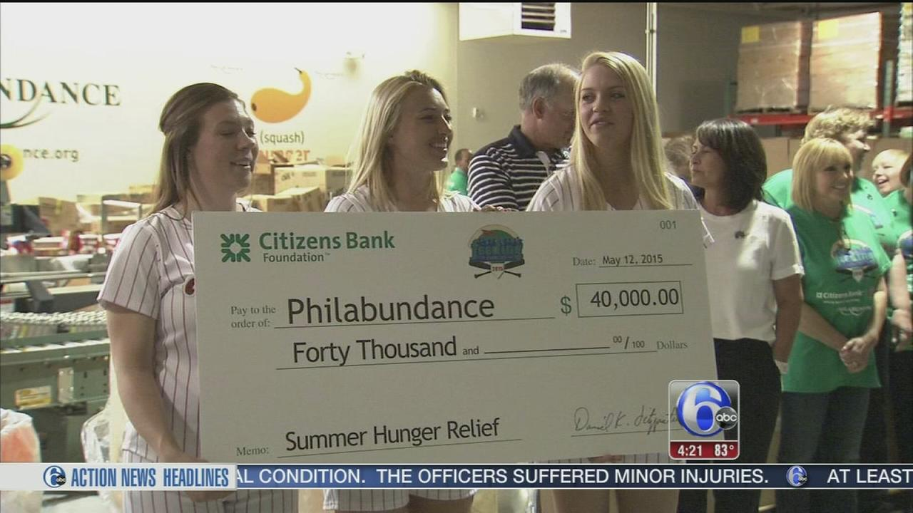 VIDEO: Phillies helping Philabundance fight hunger