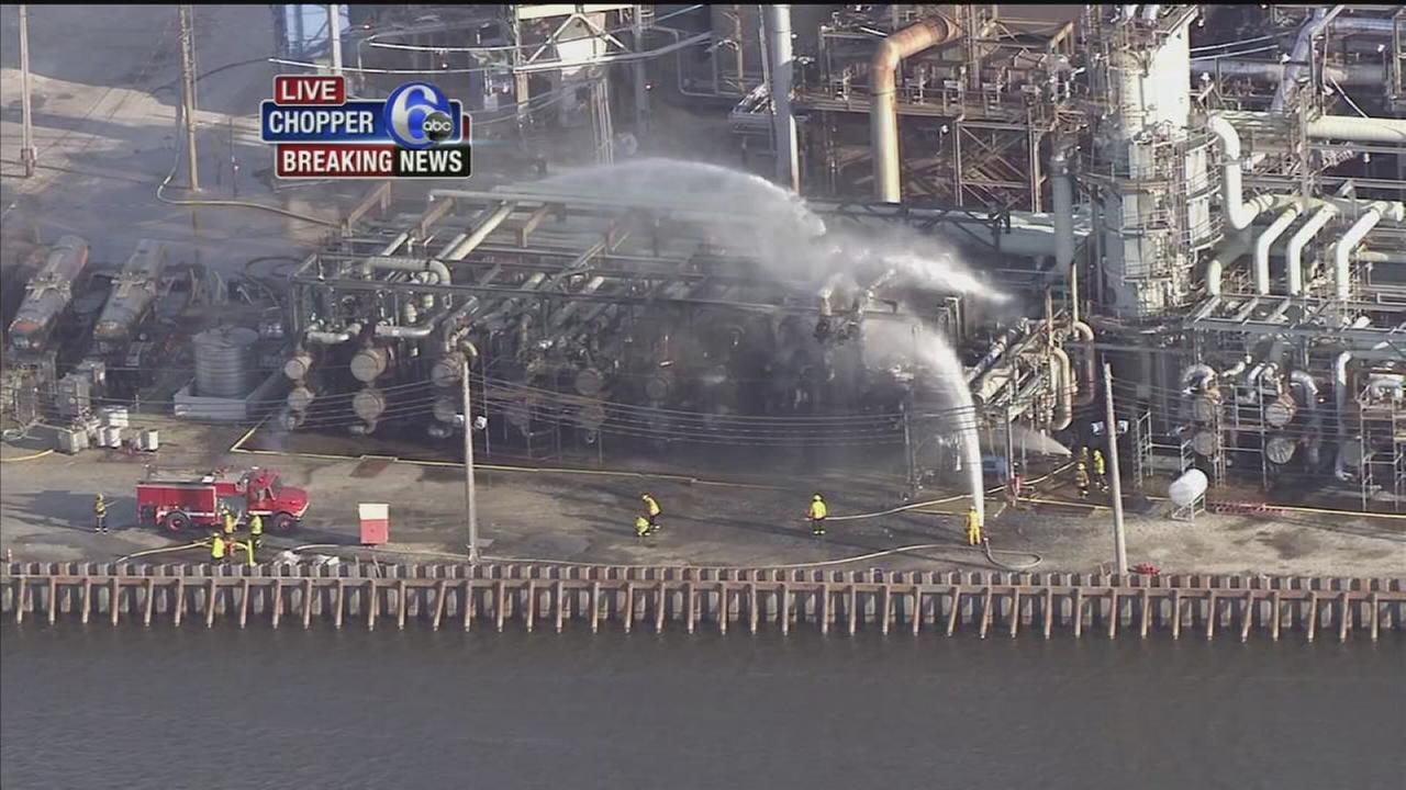 VIDEO: Fire at refinery in South Phila.