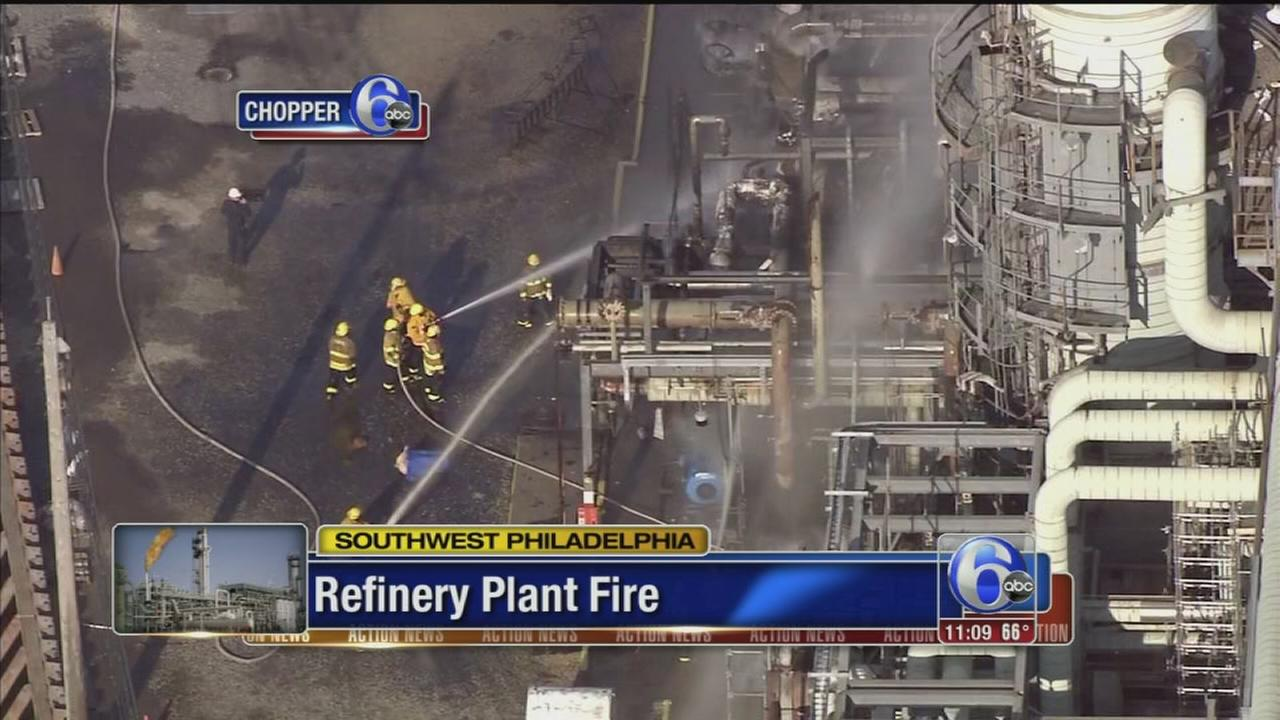 VIDEO: Fire out at old Sunoco refinery in South Phila.