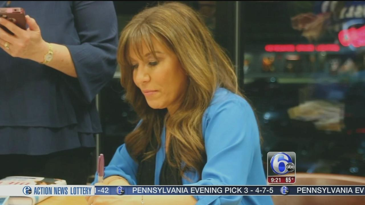 VIDEO: The Hungry Girl serves up a diet cookbook