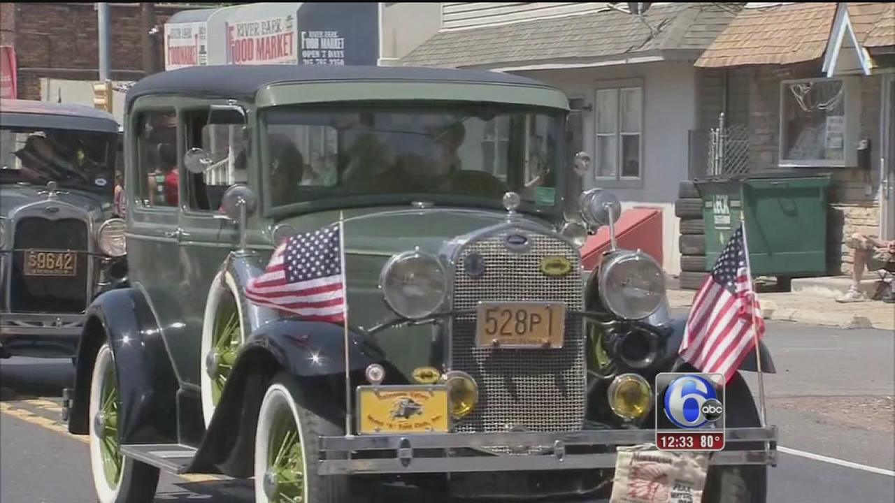 VIDEO: Walter Perez reports from a Memorial Day parade in Bucks Co.