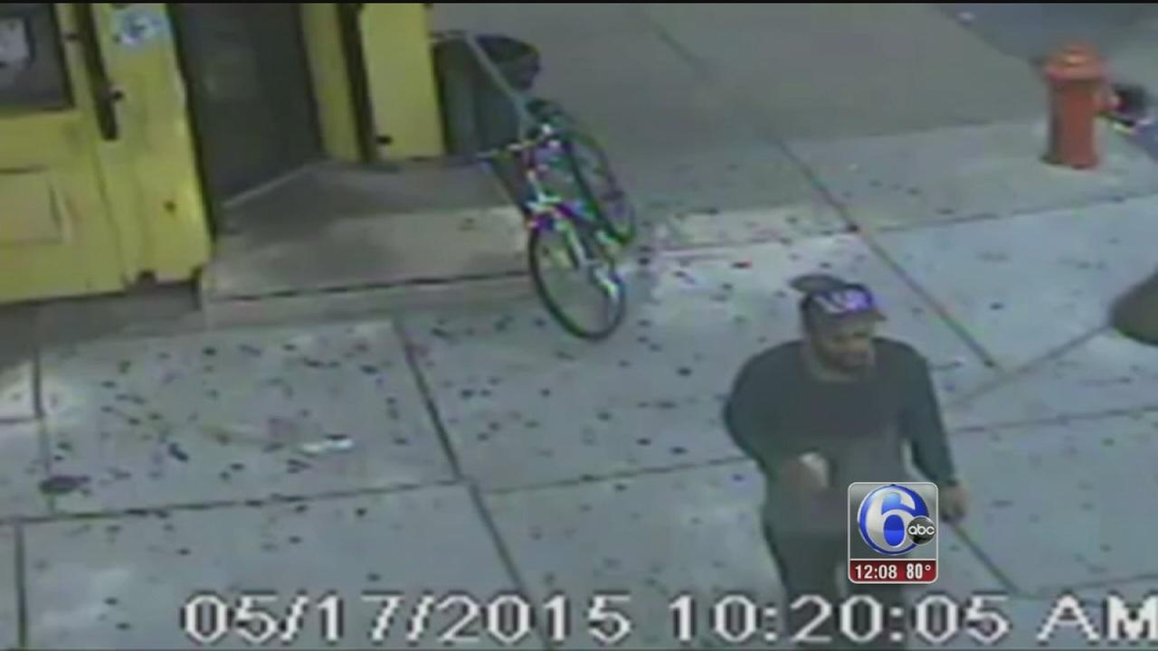 VIDEO: Bike-riding thief strikes in Port Richmond