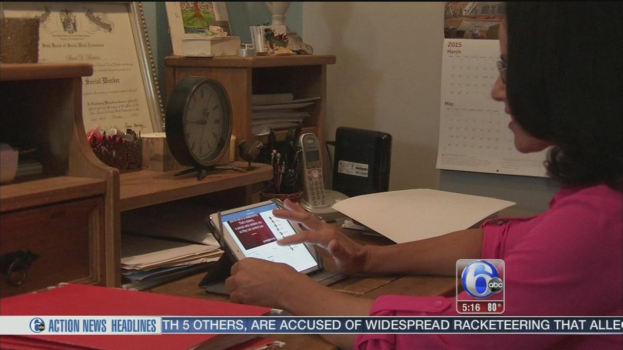 VIDEO: Abuse victims find support online