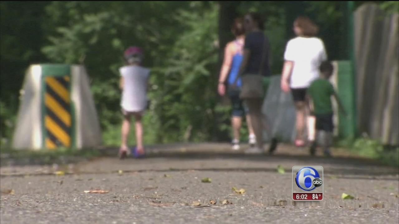 VIDEO: Man exposes self on popular Main Line running trail