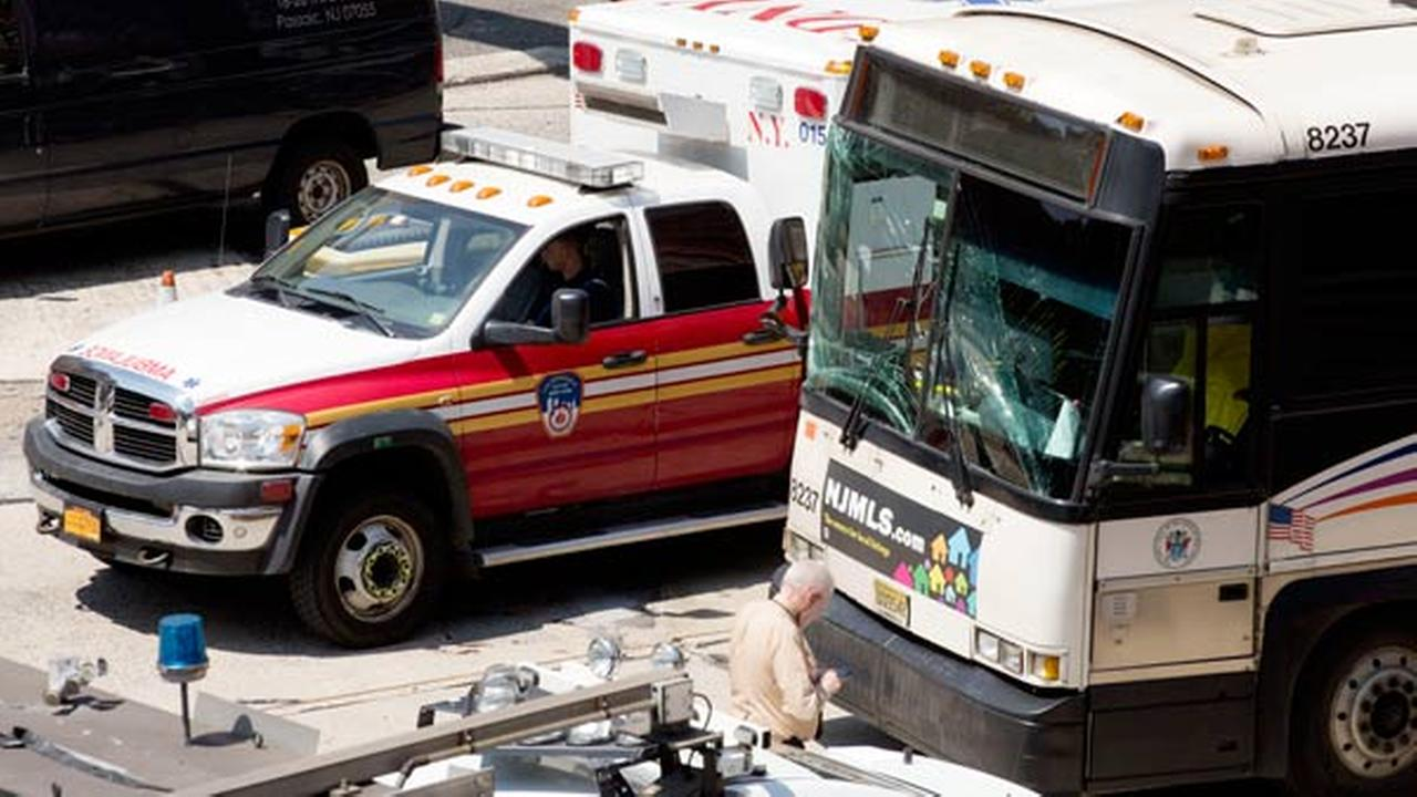 2 Buses Crash Inside Lincoln Tunnel Injuring More Than 30