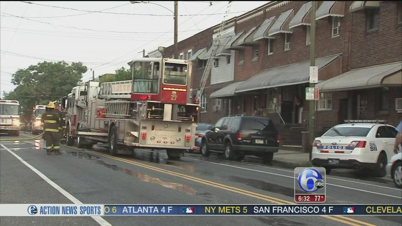 VIDEO: 1 injured in house blaze in South Philly