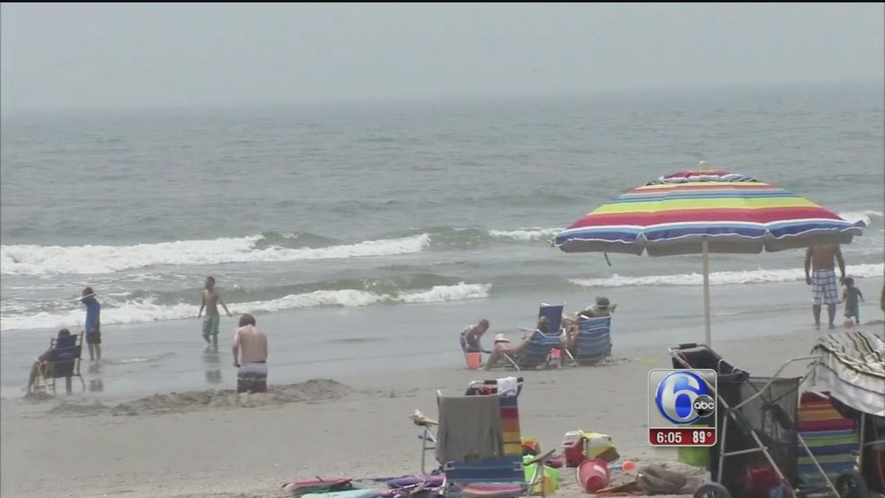 VIDEO: Beating the heat at the Jersey Shore