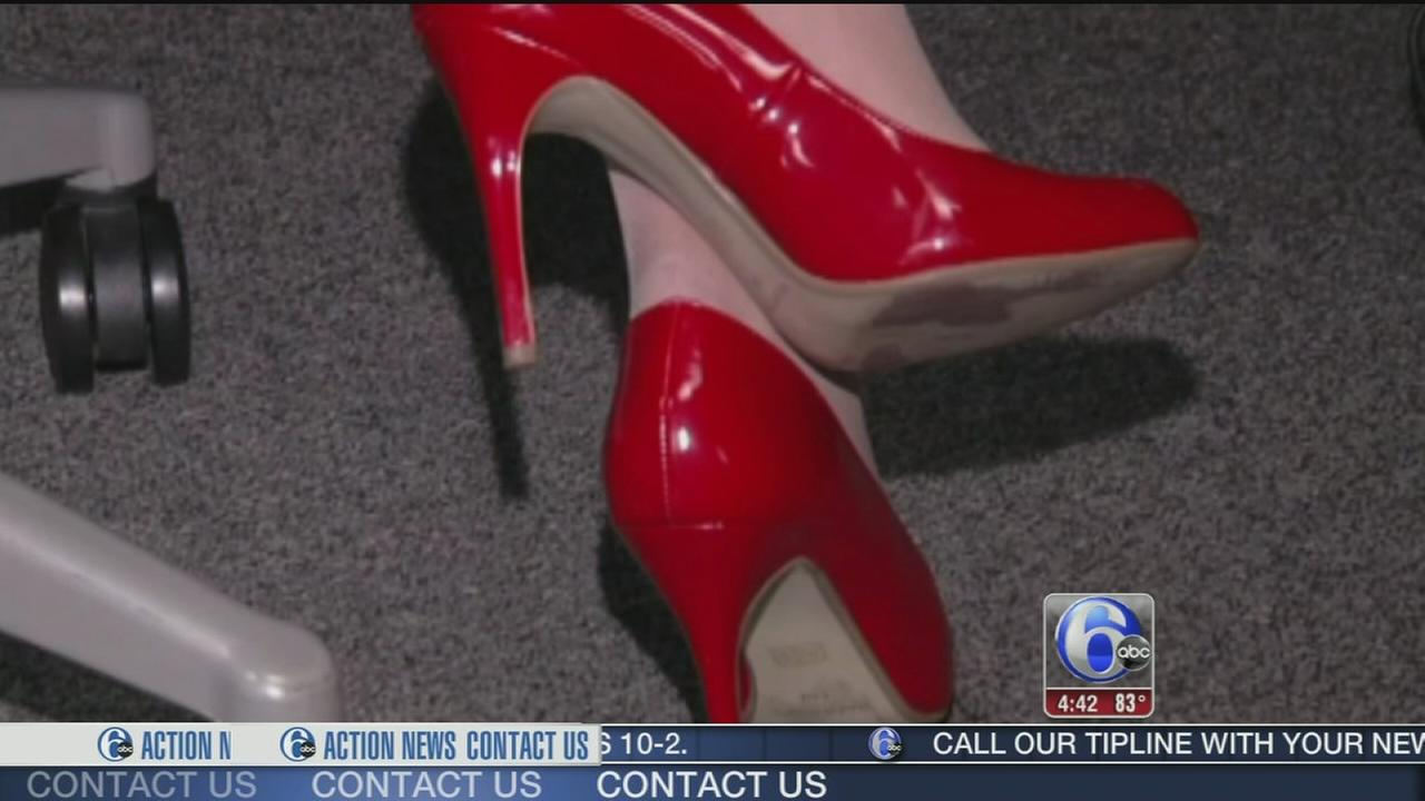 VIDEO: Mix up summer shoes to keep feet healthy