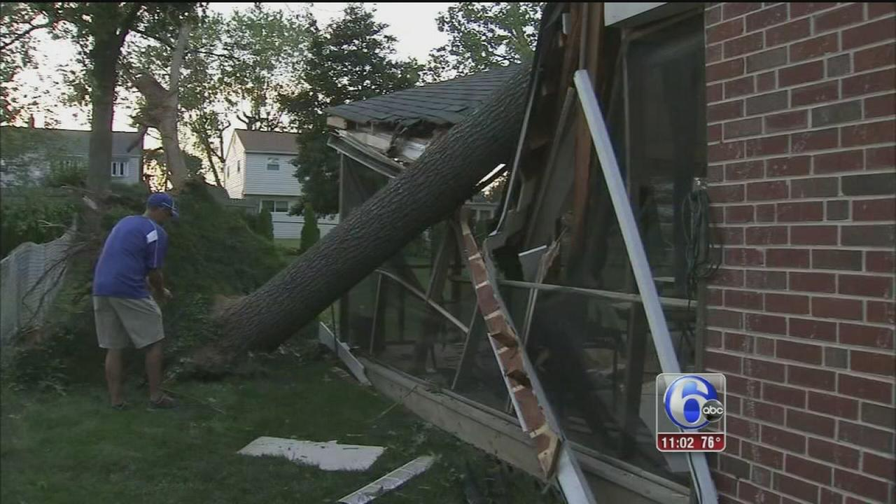 VIDEO: Delco residents left in the dark as they clean up after storm