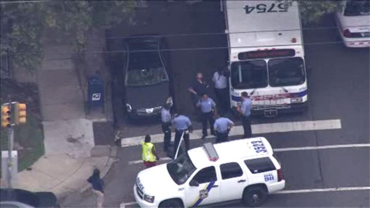 Fight on SEPTA bus ends in stabbing in Olney