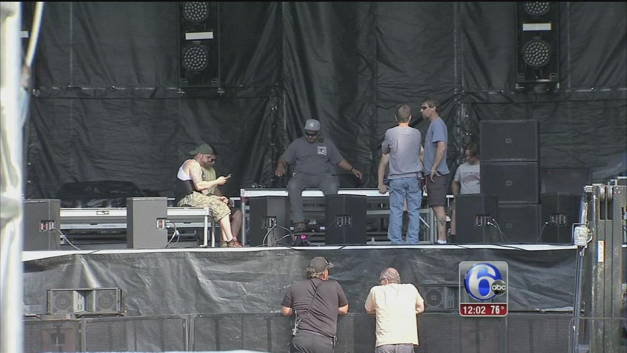 VIDEO: Preps being made for 4th of July Parkway party