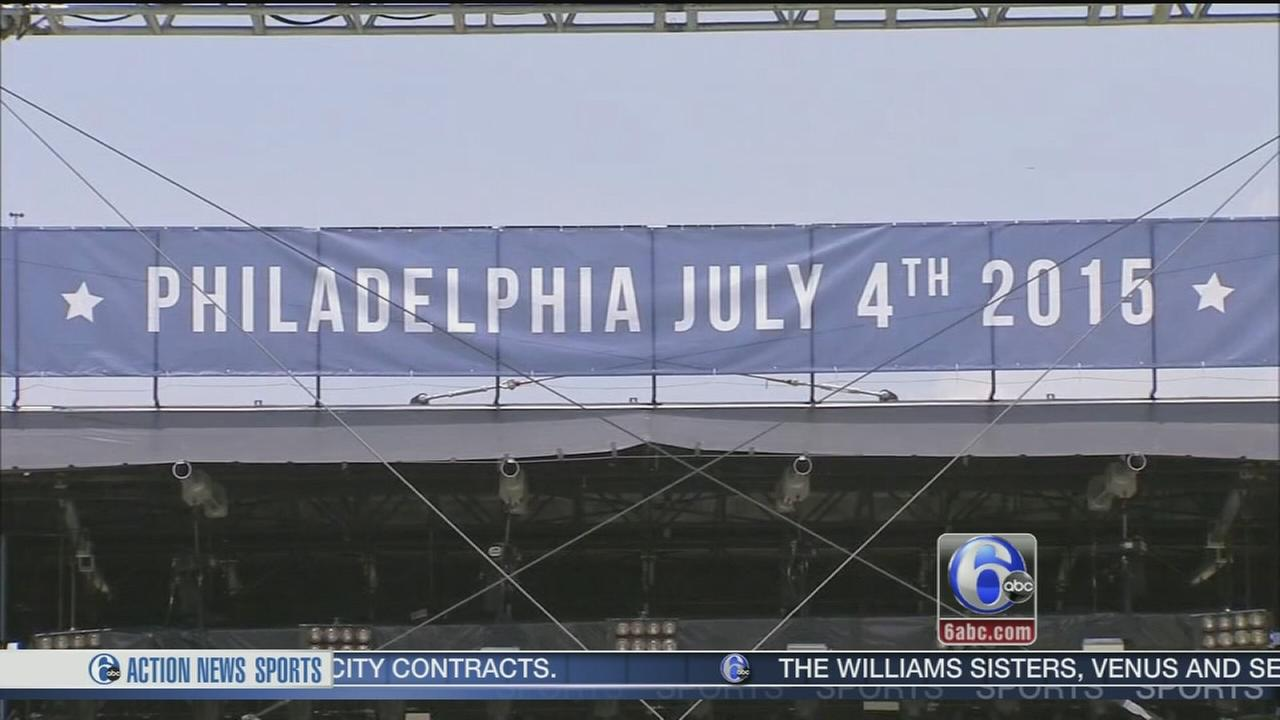 VIDEO: Preparing for the party on the Parkway