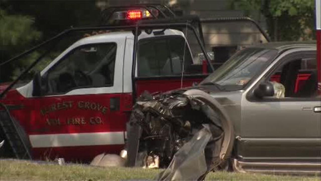 1 dead, 1 injured in Gloucester County crash
