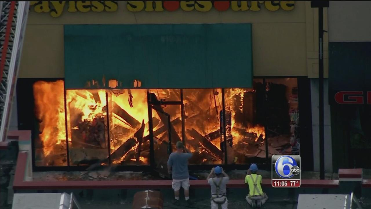 VIDEO: Fire at Upper Darby Payless