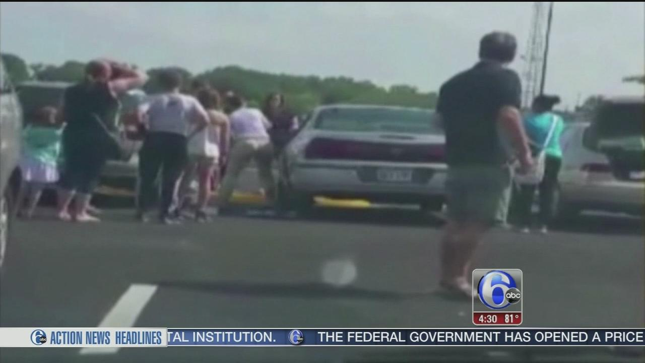 VIDEO: Lawmakers introduce bill to prevent hot car deaths