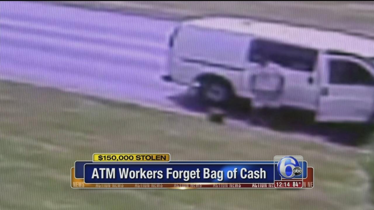 VIDEO: ATM bag stolen