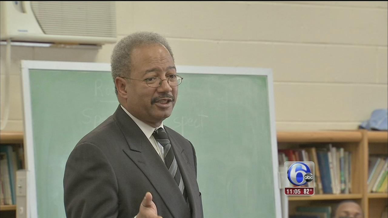 VIDEO: Politicians, constituents react to Fattah indictment