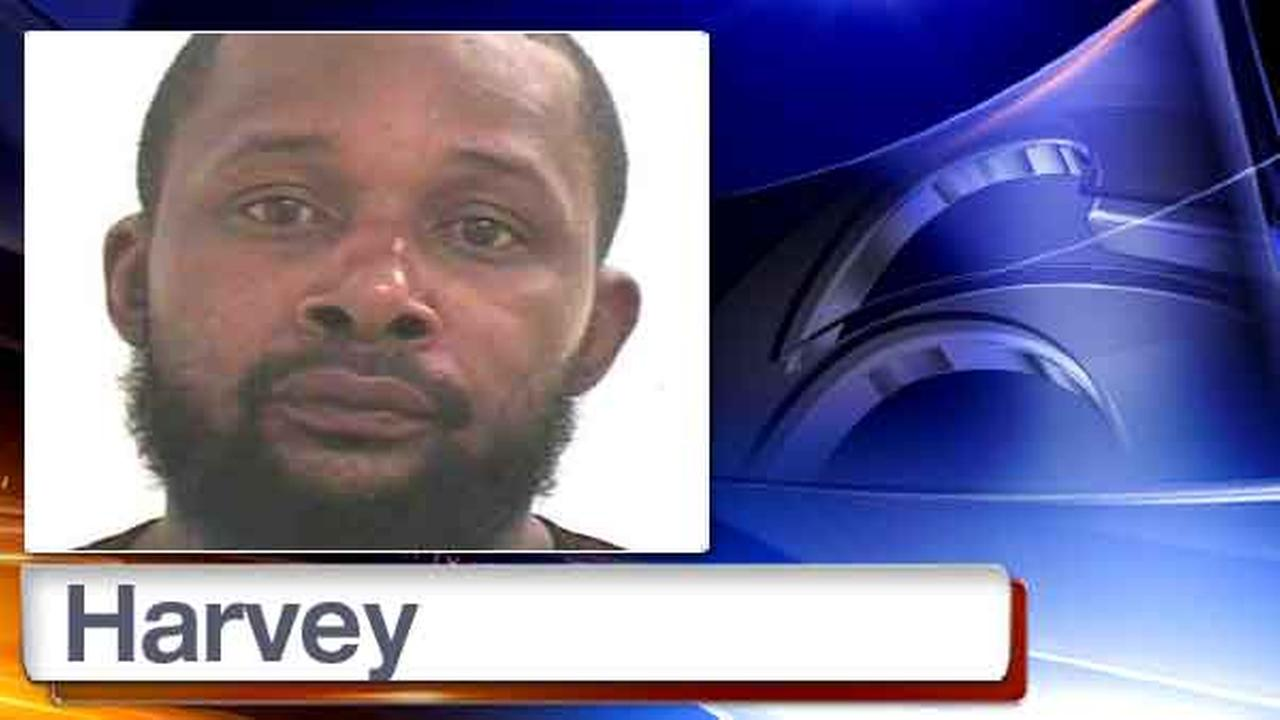 In this photo provided by the Mahwah, N.J. Police Department is suspect Alton Harvey.