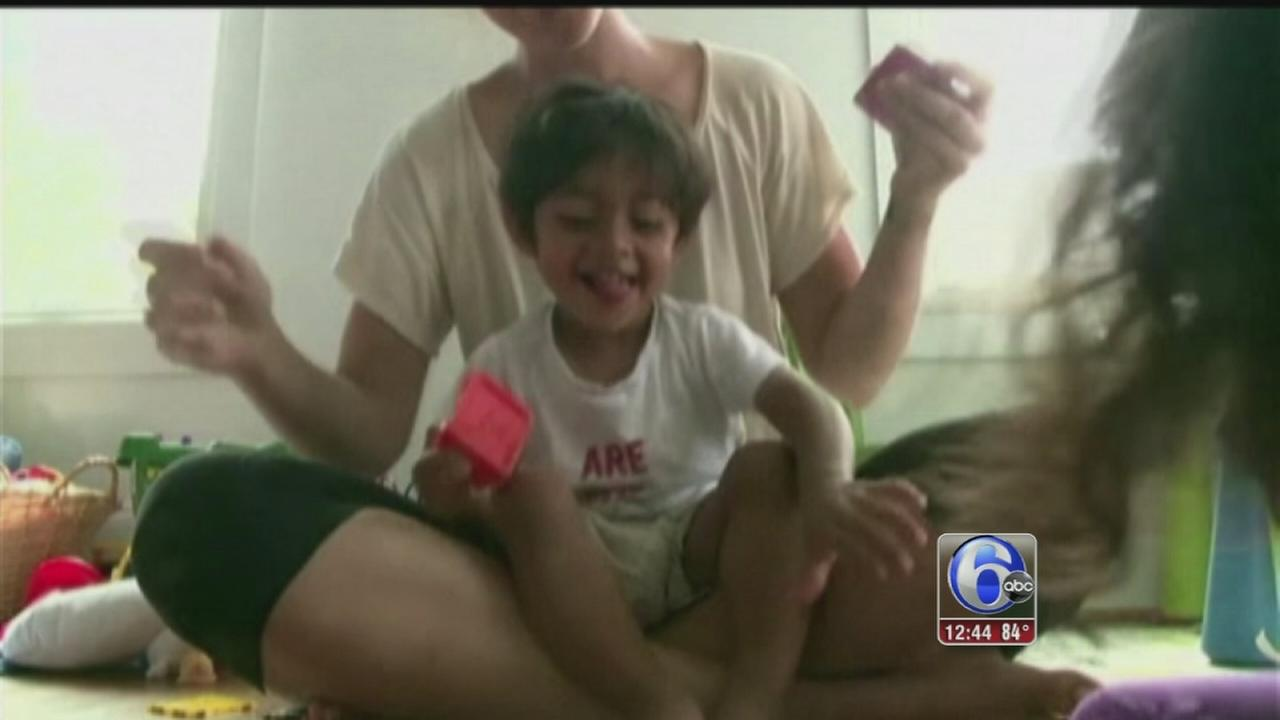 VIDEO: Family kicked off JetBlue fight because of 2-year-old