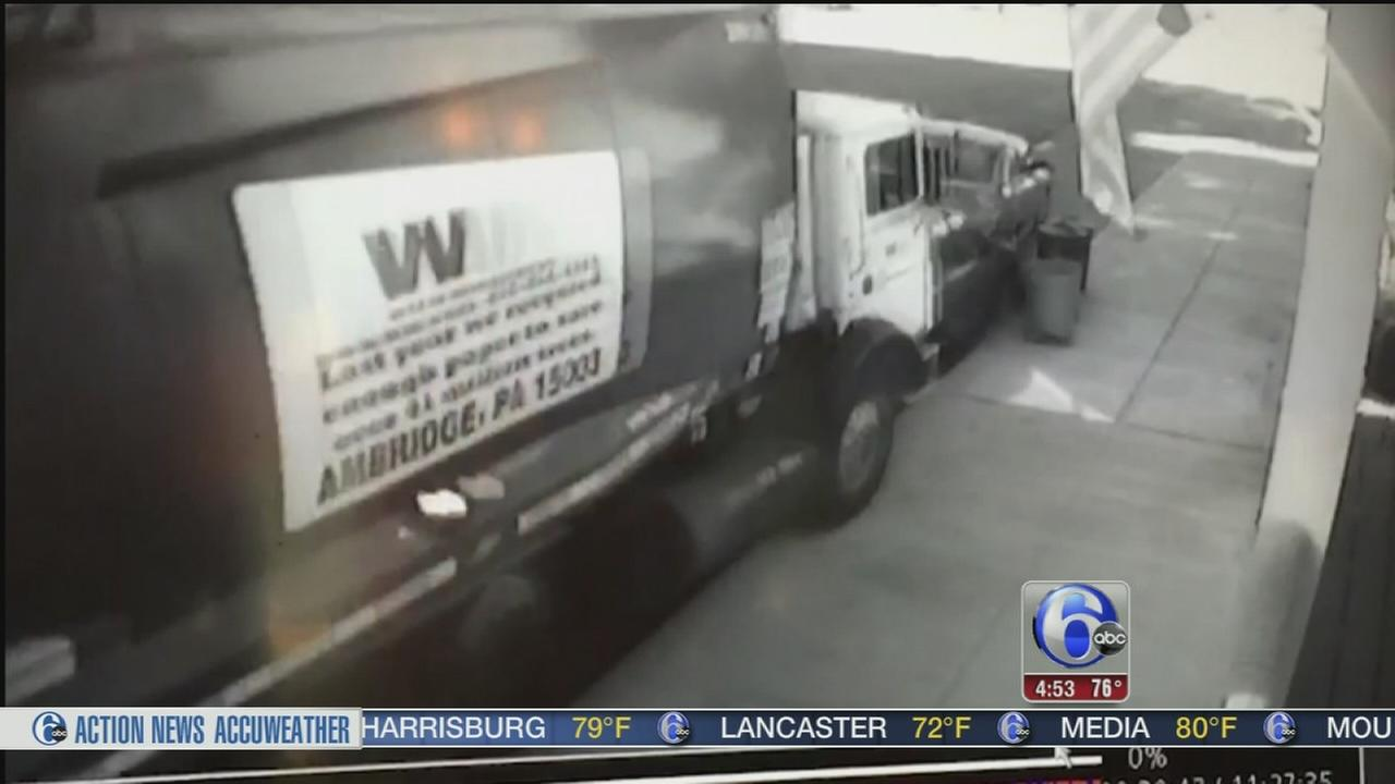 VIDEO: Runaway garbage truck slams into 5 cars
