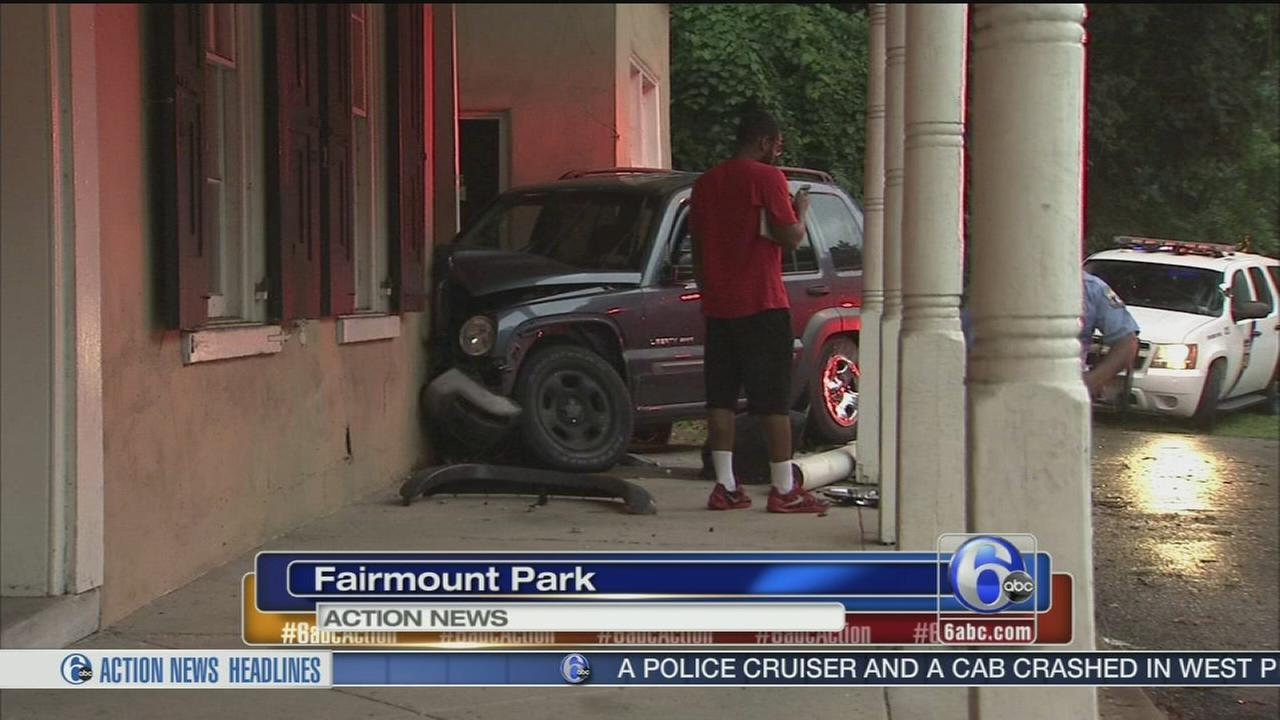 VIDEO: Jeep crashes along Lincoln Drive