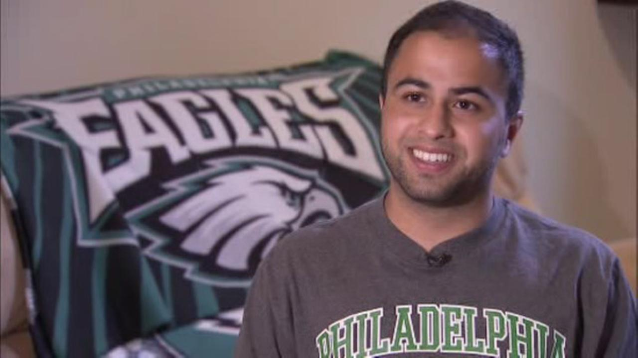 Temple student starts petition for pope to bless Bradford's knees