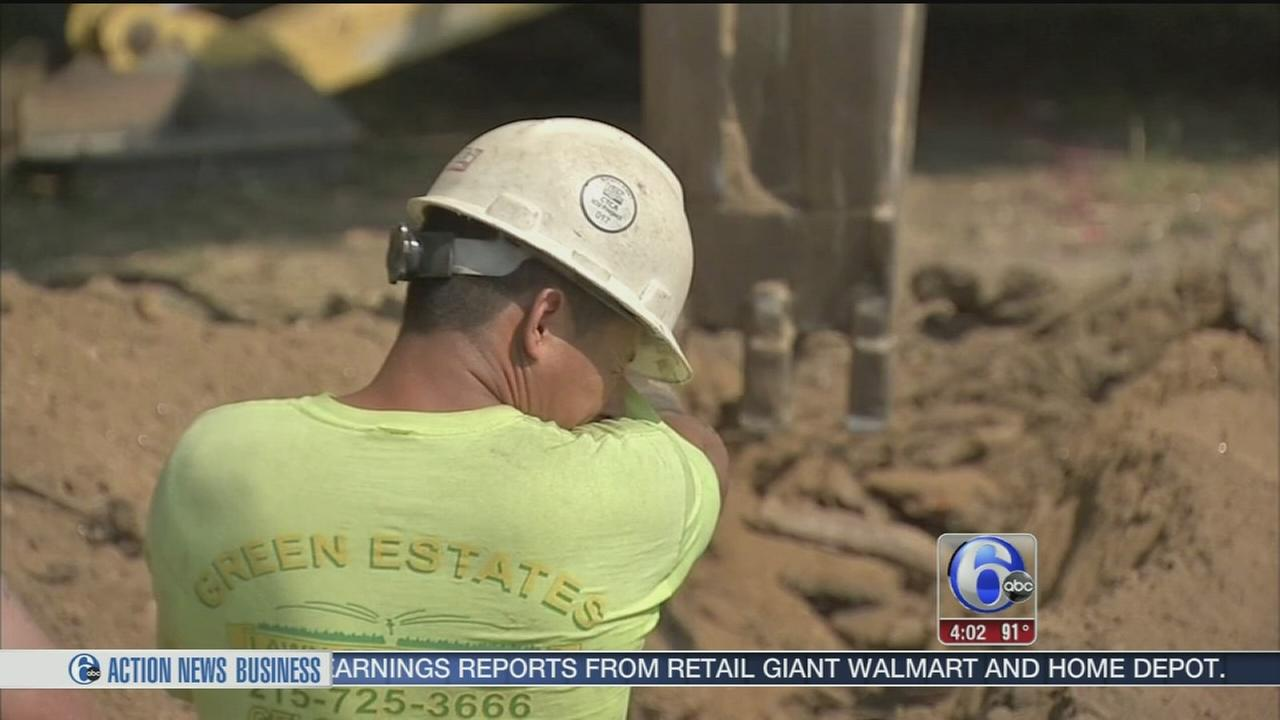 VIDEO: Working outside a tough task in the heat
