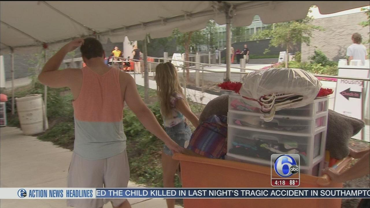 VIDEO: Students move into dorms at Temple University
