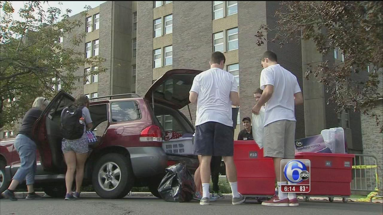 VIDEO: Move-in day at St. Joes University