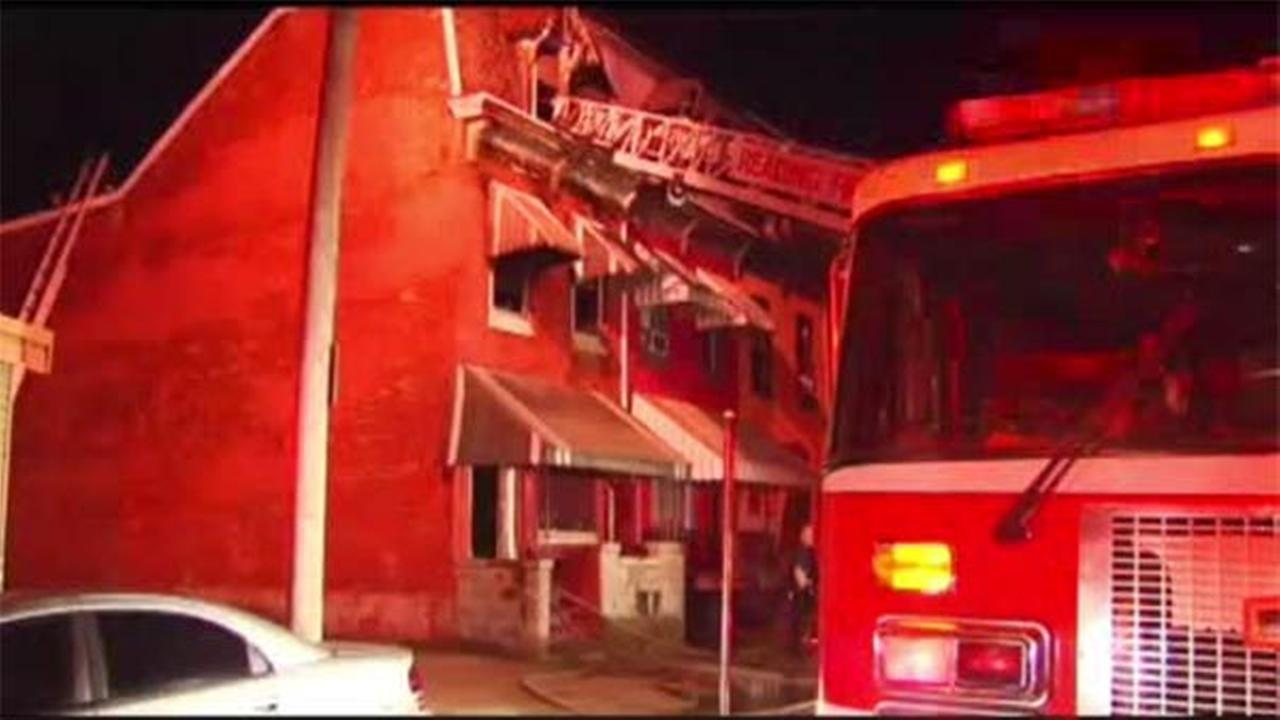 Firefighter injured in 2-alarm blaze in Reading, Pa.
