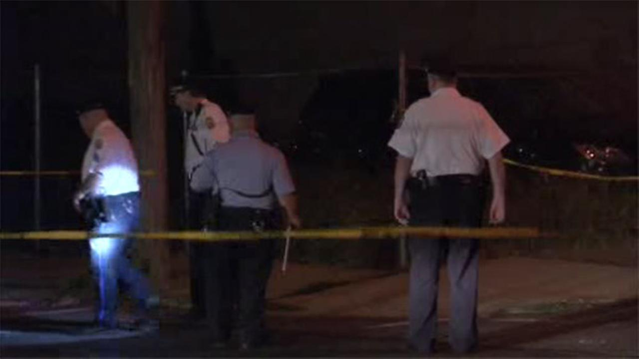 Man, pregnant woman shot and wounded in Frankford