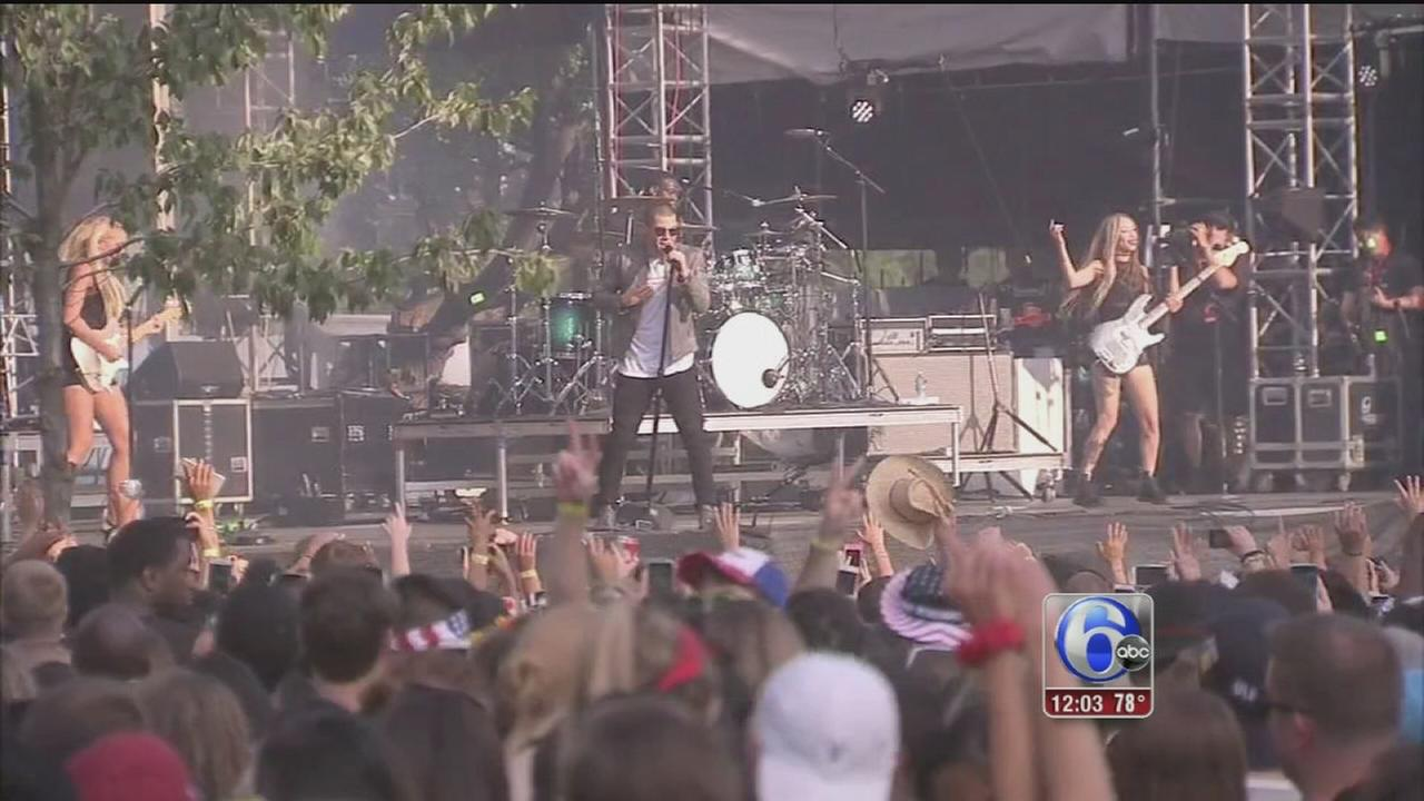 VIDEO: Gates open for Day 2 of Made In America