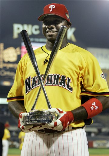 <div class='meta'><div class='origin-logo' data-origin='AP'></div><span class='caption-text' data-credit='AP Photo/Charles Krupa'>Philadelphia Phillies Ryan Howard holds his trophy after he won the baseball All Star Game home run derby in Pittsburgh, Monday, July 10, 2006.</span></div>