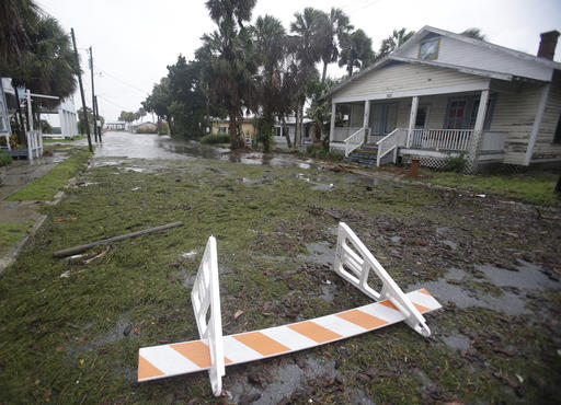 "<div class=""meta image-caption""><div class=""origin-logo origin-image none""><span>none</span></div><span class=""caption-text"">Seaweed covers a flooded street in Cedar Key, Fla. as Hurricane Hermine nears the Florida coast, Thursday, Sept. 1, 2016. (AP)</span></div>"