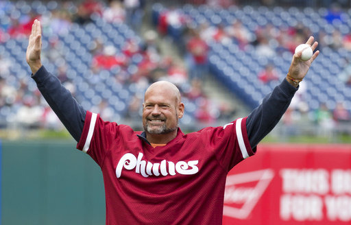 "<div class=""meta image-caption""><div class=""origin-logo origin-image ap""><span>AP</span></div><span class=""caption-text"">In this May 15, 2016, file photo, former Philadelphia Phillies' Darren Daulton comes out for a ceremonial first pitch before a game. (AP Photo/Chris Szagola, File) (AP)</span></div>"
