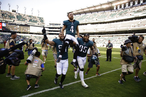 <div class='meta'><div class='origin-logo' data-origin='AP'></div><span class='caption-text' data-credit='AP Photo/Matt Rourke'>Philadelphia Eagles' Jake Elliott celebrates after kicking the game-winning field goal during an NFL football game against the New York Giants, Sunday, Sept. 24, 2017.</span></div>