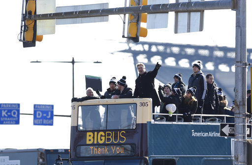 <div class='meta'><div class='origin-logo' data-origin='AP'></div><span class='caption-text' data-credit='AP'>Philadelphia Eagles head coach Doug Pederson points to the crowd gathered during the Super Bowl LII victory parade.(AP Photo/Michael Perez)</span></div>