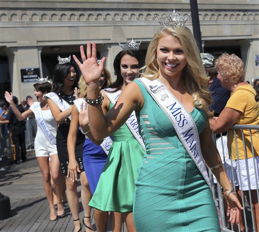 <div class='meta'><div class='origin-logo' data-origin='none'></div><span class='caption-text' data-credit='AP'>Miss Maine, Marybeth Noonan waves during Miss America Pageant arrival ceremonies Tuesday, Aug. 30, 2016, in Atlantic City.</span></div>