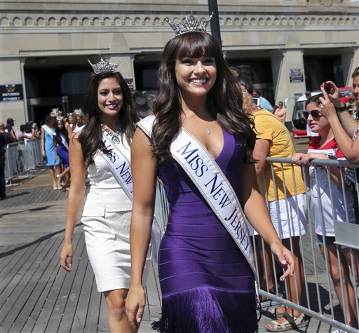 "<div class=""meta image-caption""><div class=""origin-logo origin-image none""><span>none</span></div><span class=""caption-text"">Miss New Jersey, Brenna Weick is introduced during Miss America Pageant arrival ceremonies Tuesday, Aug. 30, 2016, in Atlantic City. (AP)</span></div>"
