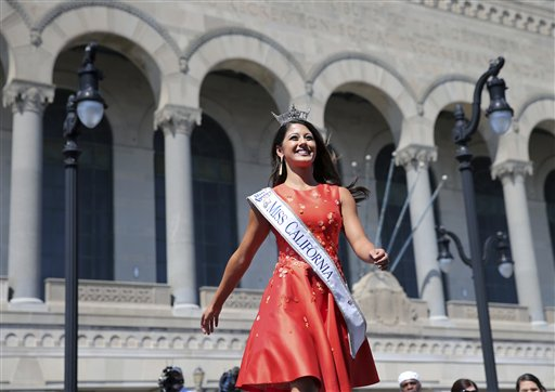 "<div class=""meta image-caption""><div class=""origin-logo origin-image none""><span>none</span></div><span class=""caption-text"">Miss California, Jessa Carmack is introduced during Miss America Pageant arrival ceremonies Tuesday, Aug. 30, 2016, in Atlantic City. (AP)</span></div>"