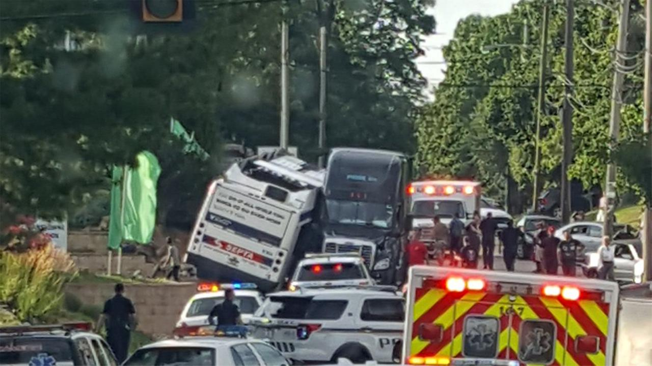 Several people are hurt after a SEPTA bus and tractor trailer collided in Delaware County.