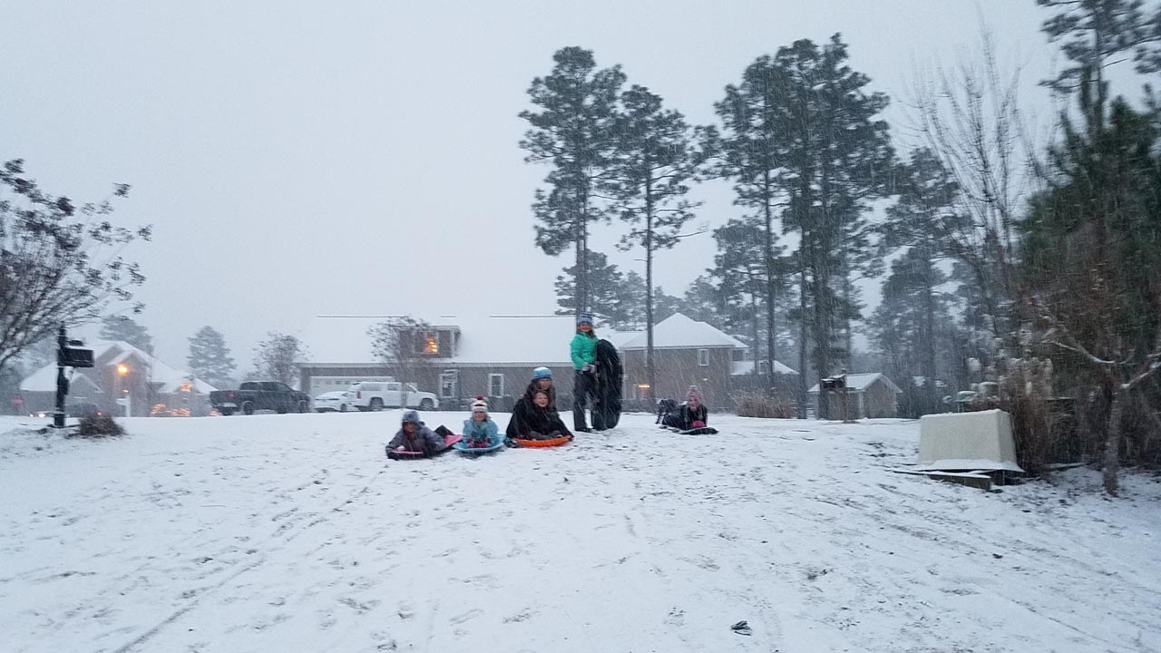 <div class='meta'><div class='origin-logo' data-origin='none'></div><span class='caption-text' data-credit='Amy Bryant - ABC11 Eyewitness'>Snow in Whispering Pines.</span></div>