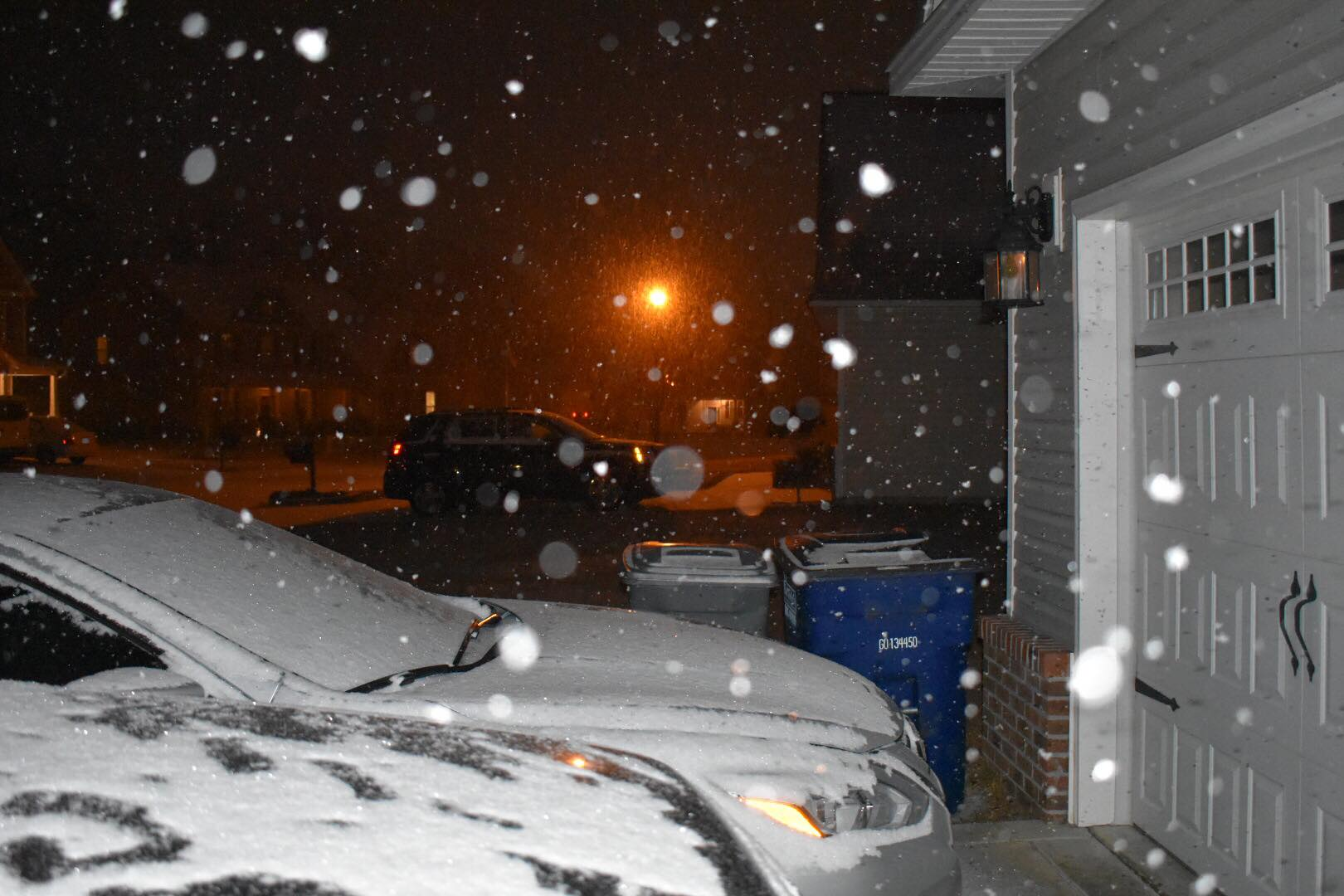 <div class='meta'><div class='origin-logo' data-origin='none'></div><span class='caption-text' data-credit='Krishawn Royal - ABC11 Eyewitness'>Snow in Raeford</span></div>