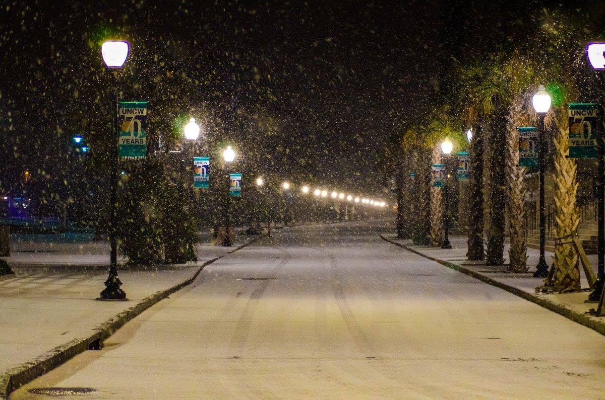 "<div class=""meta image-caption""><div class=""origin-logo origin-image none""><span>none</span></div><span class=""caption-text"">Snow at the North Carolina coast (WWAY/CJay Guezchivo -- Wilmington)</span></div>"