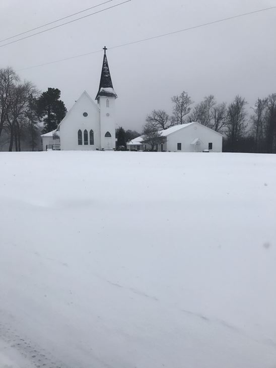 <div class='meta'><div class='origin-logo' data-origin='none'></div><span class='caption-text' data-credit=''>Pictures from viewers of the snow day</span></div>