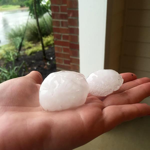 <div class='meta'><div class='origin-logo' data-origin='WTVD'></div><span class='caption-text' data-credit='ABC11 Eyewitness/Elizabeth Feindel'>Hail at Post Parkside at Wade apartment complex in Raleigh .</span></div>